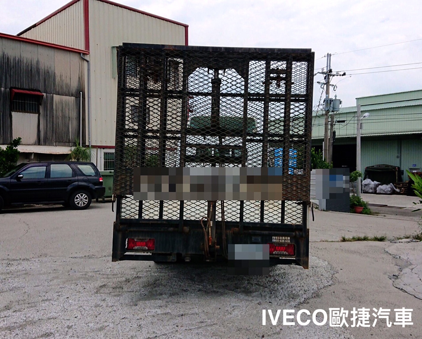 升降油壓梯超長軸極品-iveco貨車改裝